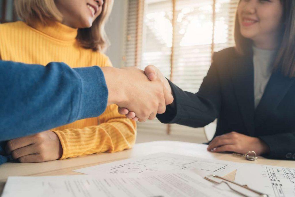 Los honorarios que suelen cobrar las agencias inmobiliarias